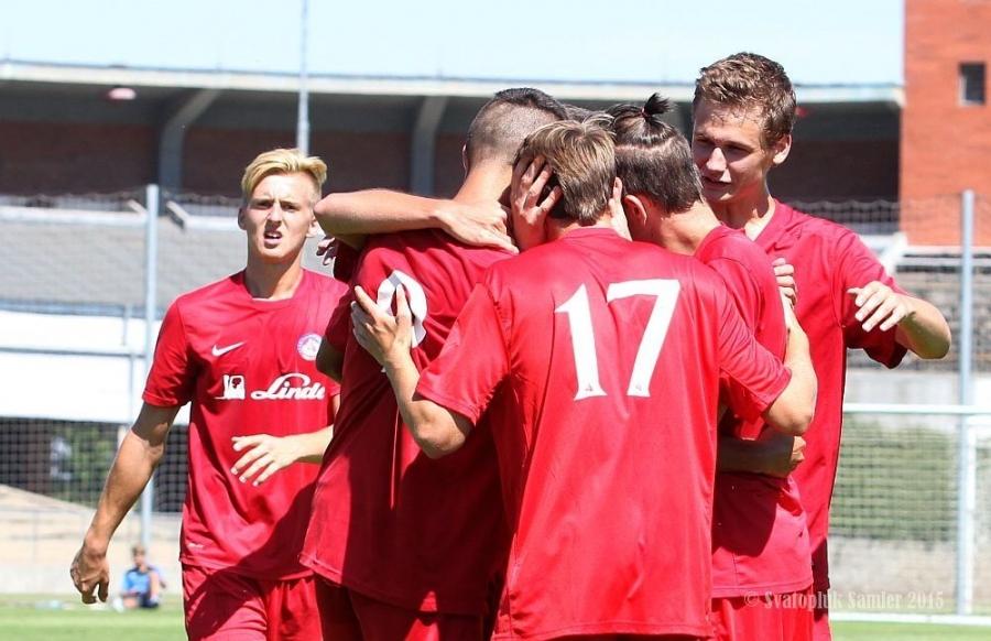 Dorastenci AS Trenčín úspešne zarezávajú na turnaji U 19 v Prahe, foto 8