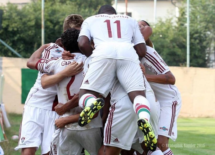 Dramaticky záver stretnutia FC Fluminense - AS Trenčín na turnaji U19 , foto 11