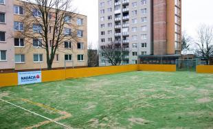 Nové multifunkčné ihrisko v Trenčíne je už desiate v poradí, ktoré poteší všetky deti a športovcov