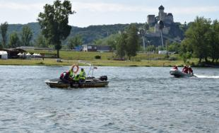 Na rieke Váh prebiehalo cvičenie hasičov a záchranárov, predviedli svoju techniku a zručnosti
